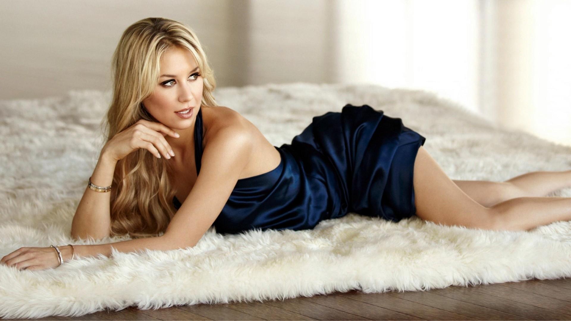 blondes_women_dress_beds_celebrity_anna_kournikova_1920x1080_wallpaper_Wallpaper_1920x1080_www.wall321.com